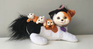 Review for Kitty Surprise with her three kittens!